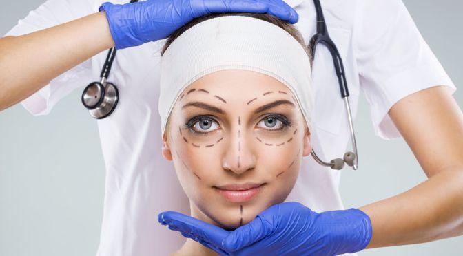 Quasi un adulto su quattro negli USA considererebbe la Chirurgia Plastica se i costi non fossero un problema